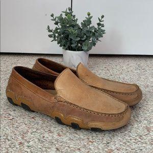 St. John's Bay Men's leather dress shoe